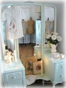 Diy Bedroom Vanity Diy A Bedroom Vanity Update Shabby Chic Pinterest