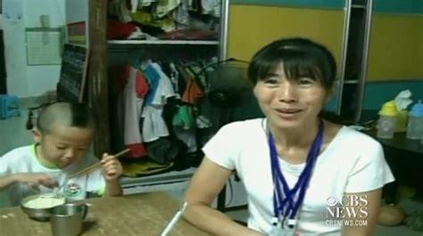 Membuat Anak Tan | dikurniakan anak kembar 4 yang sangat serupa ibu ini