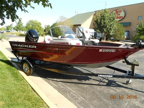 bass pro olathe used boats used power boats tracker pro guide boats for sale in