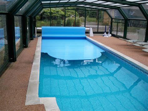 covered swimming pool covers