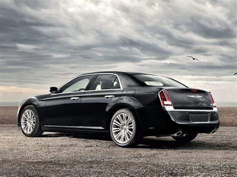 Chrysler 300 Features by 2014 Chrysler 300 Price Photos Reviews Features