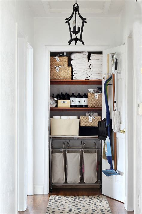 clean that closet 5 steps to the linen closet bliss at home