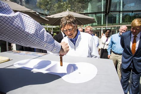 bill gates bathroom gates foundation picks its moonshots in india to reinvent