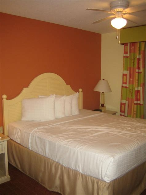 photo   nickelodeon suites orlando  walt disney world disney  day