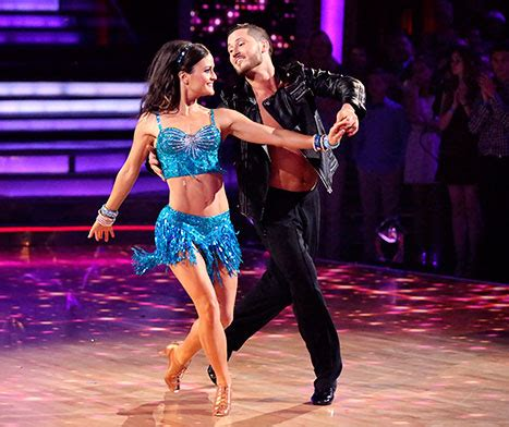bristol palin cools off during dancing with the stars rehearsals bristol palin danica mckellar breaks rib during dwts