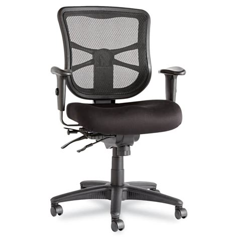 Office Desk With Chair Office Chair Guide How To Buy A Desk Chair Top 10 Chairs Gentleman S Gazette
