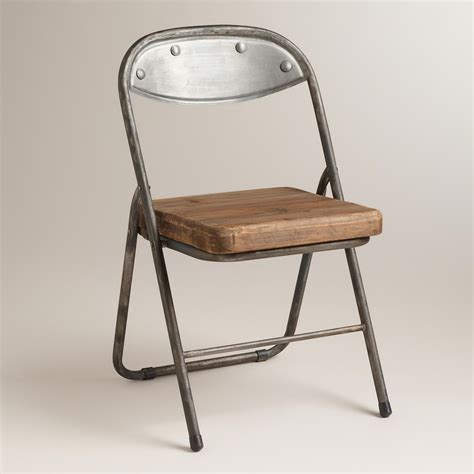 Folding Chair by Metal Folding Chairs To Consider Getting And Using