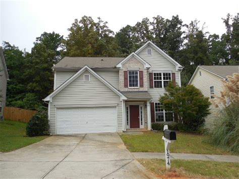 1974 longmont drive lawrenceville ga 30044 foreclosed