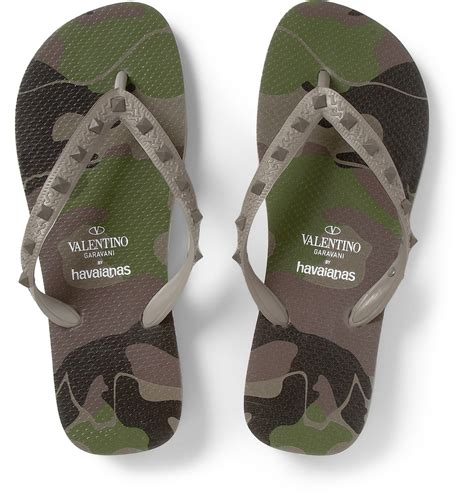 Sandal Flip Flop T Valentino 8239 valentino havaianas studded rubber flip flops in green for lyst