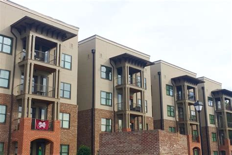 apartments in starkville ms the pointe at msu the balcony msu rentals starkville ms apartments com