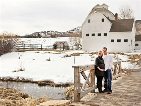 the puppy barn utah awaiting baby in park city utah maternity photographer 187 carrie owens photography