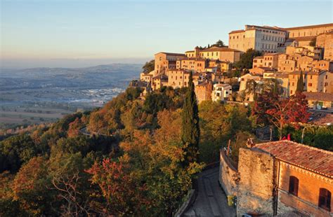 best town in tuscany the best small towns in central italy in pictures