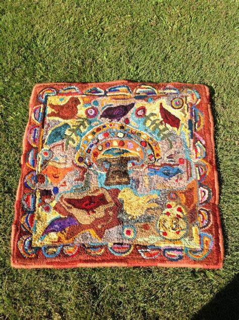 hooked rugs primitive hooked rug 28 quot x23 quot rug hooking hooked rug