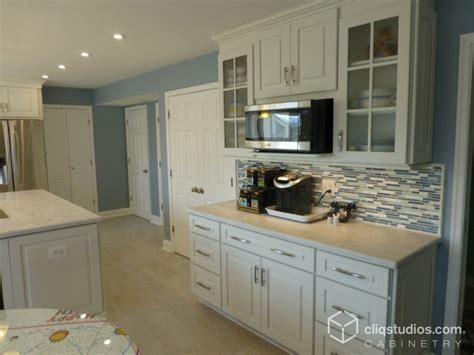 cambridge kitchen cabinets white kitchen cabinets cambridge door style