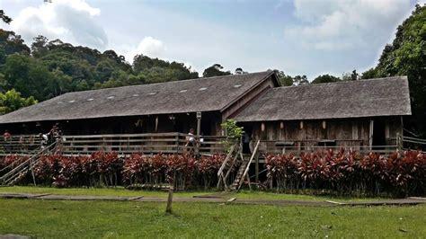 kampung budaya sarawak destinasi mengagumkan  kuching