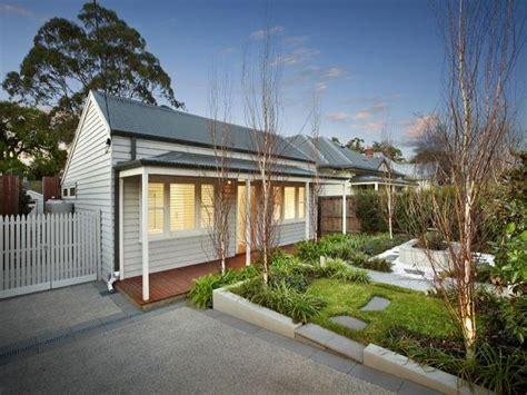 weatherboard house exterior with porch