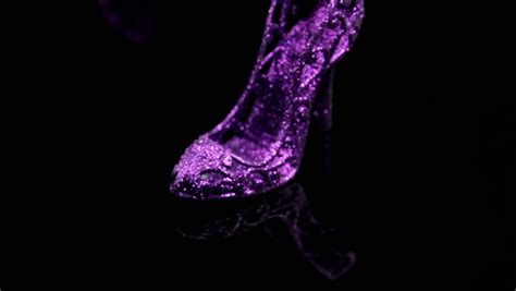 Water Glitter Stand Iphonesamsungxiaomioppo collected slider of violet glitter miniature high heels standing on black reflective
