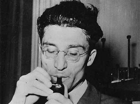 biografia di cesare pavese biografieonline it cesare pavese il grande scrittore quot ucciso quot dal cinema