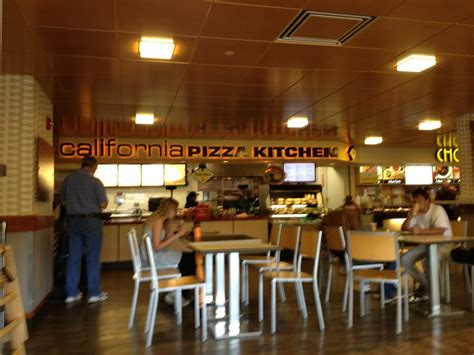 California Pizza Kitchen Hawaii by California Pizza Kitchen 38 Photos 26 Reviews Pizza
