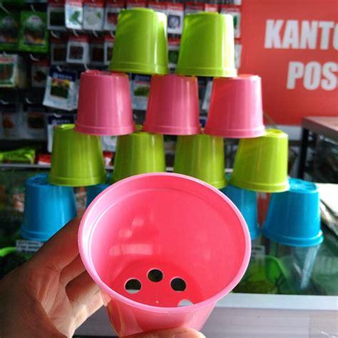 Pot Plastik Warna Warni pot pelangi 8 cm bibitbunga