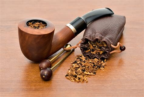traditional tobacco pipes the stash gift shop tobacco accessories pipes and gifts