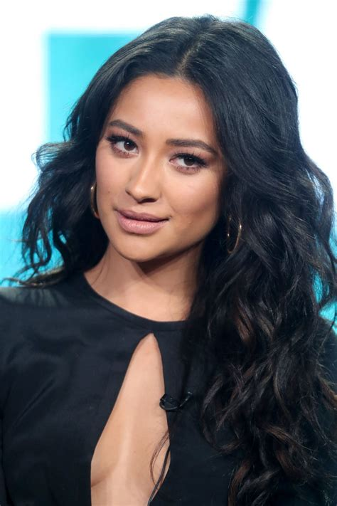 little pretty shay mitchell shay mitchell shaymitchell abc s pretty little liars