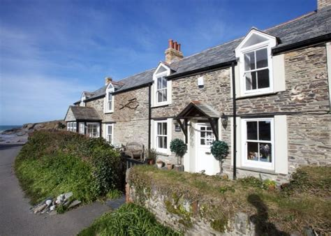 Cornwall Cottages For Sale by 4 Bedroom House For Sale In Leat House Port Gaverne Port
