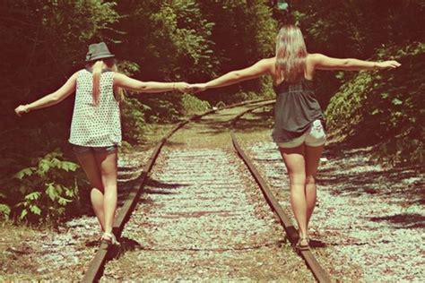 Beautiful Blogging Friends 2 by 40 Silly Yet Beautiful Best Friends Picture Ideas