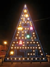 unusual and creative christmas trees