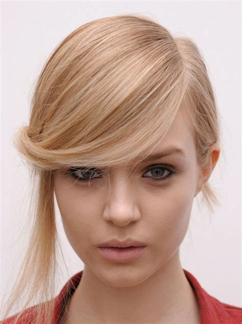 sweep fringe hairstyles best side swept hairstyles for every occasion pretty