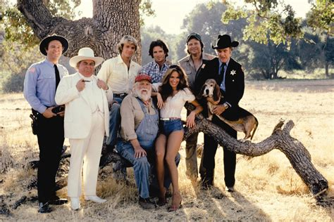duke s duck of hazzard cast pictures to pin on pinterest pinsdaddy