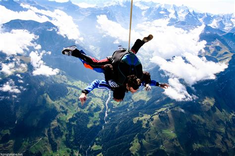 sky dive top three favorite sky diving destinations this