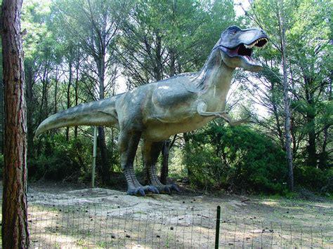google images dinosaurs 3 dinosaurs animals strange google earth maps