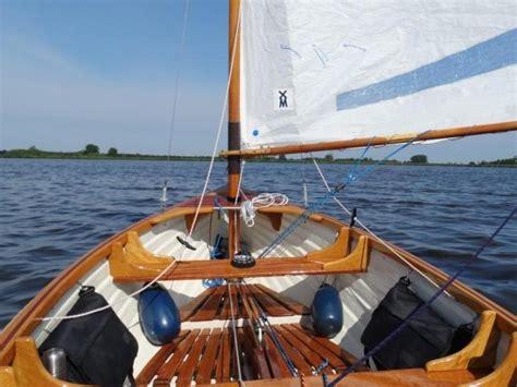 open zeilboot jol schitterende 12 voets beusichemse jol van breedendam