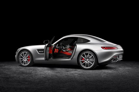 2016 mercedes benz amg gt 2016 mercedes amg gt first look photo gallery motor trend