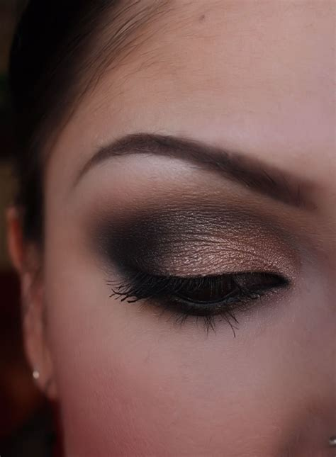make up artist me black and shimmery smokey eye part 1 and 2
