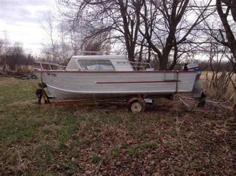 fishing boat ottawa 70 hp fishing boat 18 powerboats motorboats ottawa