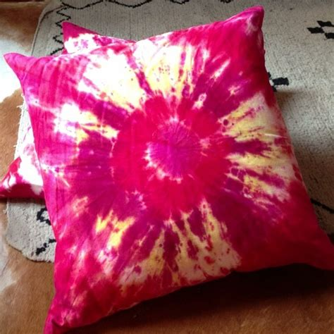 How To Tie Dye Pillow Cases by Tie Dye Pillow I Do It Myself