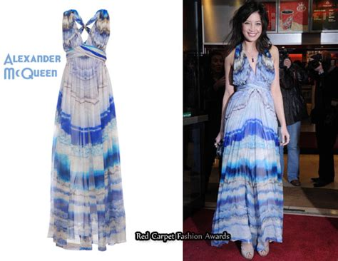 In Closet Mcqueen Carpet Fashion Awards by In Lowe S Closet Mcqueen Agate Printed