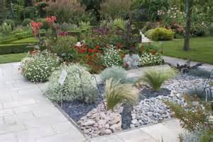 jardin avec cailloux jardin min 233 ral de l arboretum le