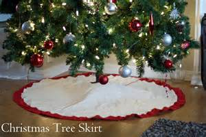 Looked around for different ideas on a tree skirt but ended up