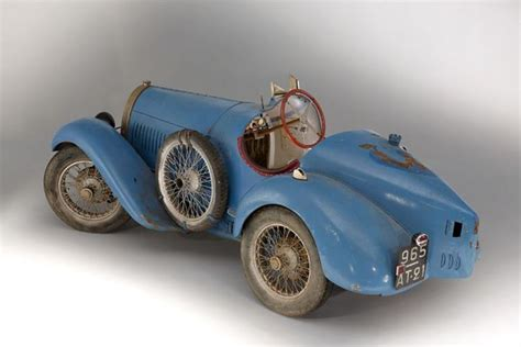 bugatti barn find sold for 949 580 extremely expensive barn find