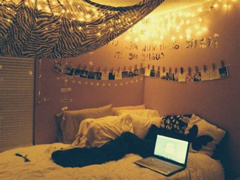 Endearing 30 Large Teen Room Decor Decorating Inspiration Rooms With Lights
