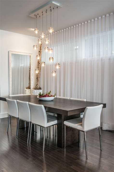 Contemporary Dining Room Drapes How To Hang Curtains Correctly
