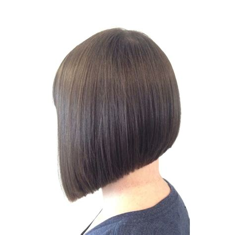 triangle bob haircut triangular graduation or more simply a classic bob hair