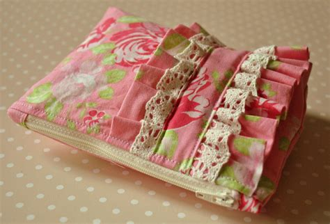 How To Make Handmade Bags - cosmetics purse garden uk handmade pink and green