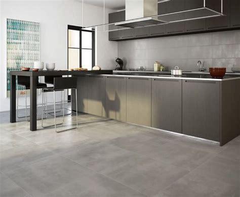 Küche Mit Travertin Fußböden by K 252 Che Pvc Boden Grau K 252 Che Pvc Boden Pvc Boden Grau
