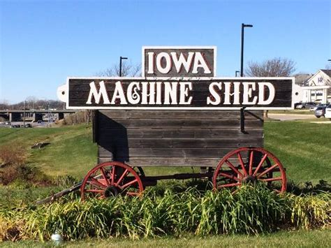 Machine Shed Iowa the meatloaf picture of iowa machine shed restaurant urbandale tripadvisor