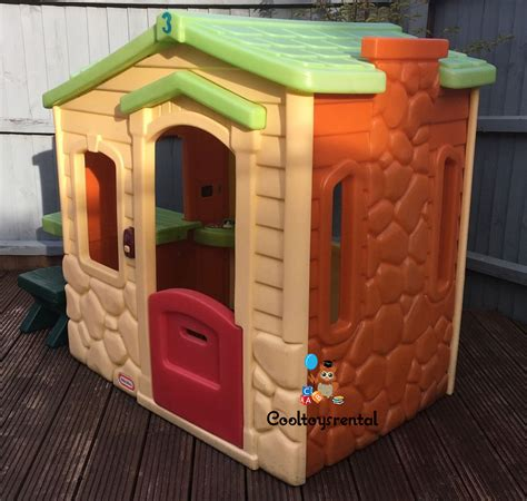 little tikes picnic on the patio playhouse evergreen