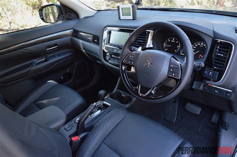 mitsubishi outlander 2016 interior 2016 mitsubishi outlander review australian launch